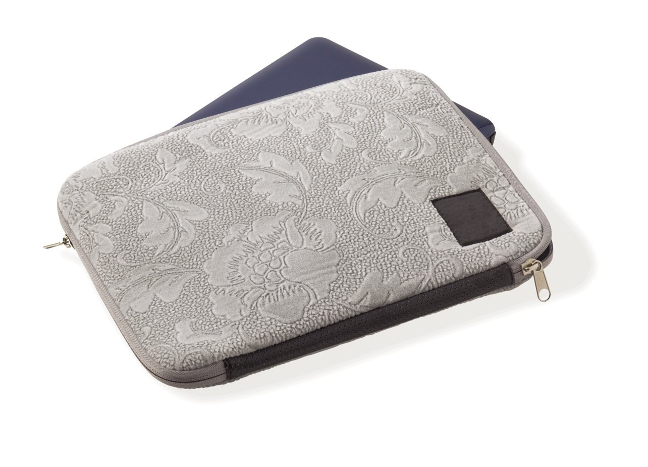 (3) * 100x laptop sleeve