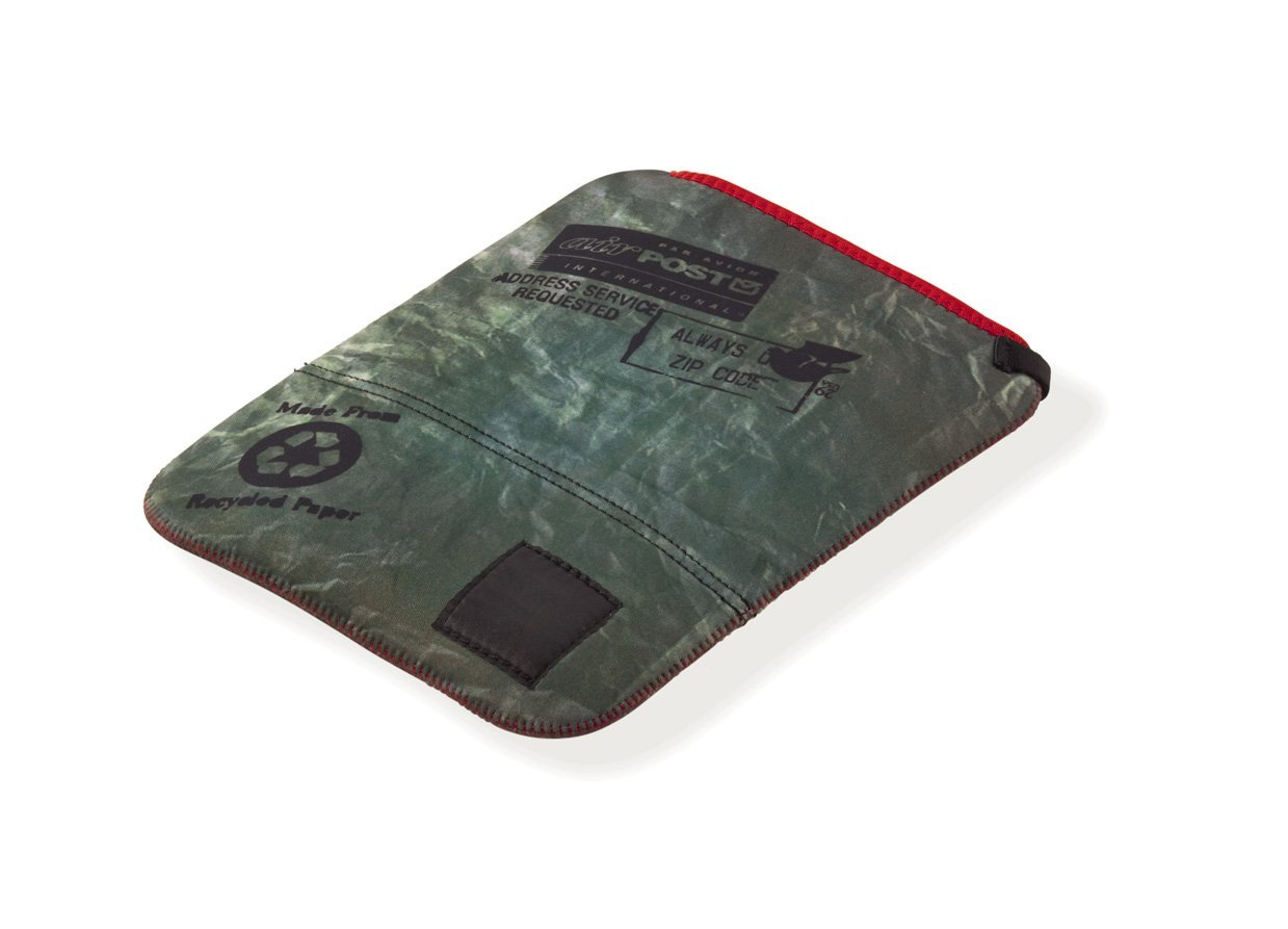(4) * 100x laptop sleeve