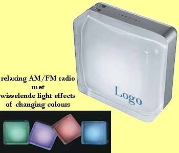 100x AM/FM radio met light effects